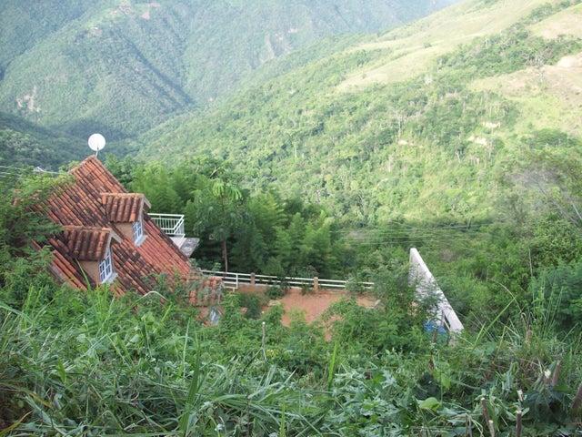 Terreno Distrito Metropolitano>Caracas>El Hatillo - Venta:38.000 Precio Referencial - codigo: 19-12224