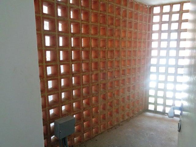 Apartamento Distrito Metropolitano>Caracas>El Cigarral - Venta:49.500 Precio Referencial - codigo: 19-11605