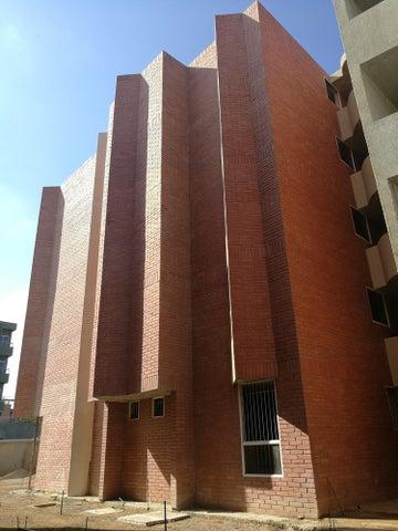 Apartamento Anzoategui>Barcelona>Nueva Barcelona - Venta:18.000 Precio Referencial - codigo: 19-11614