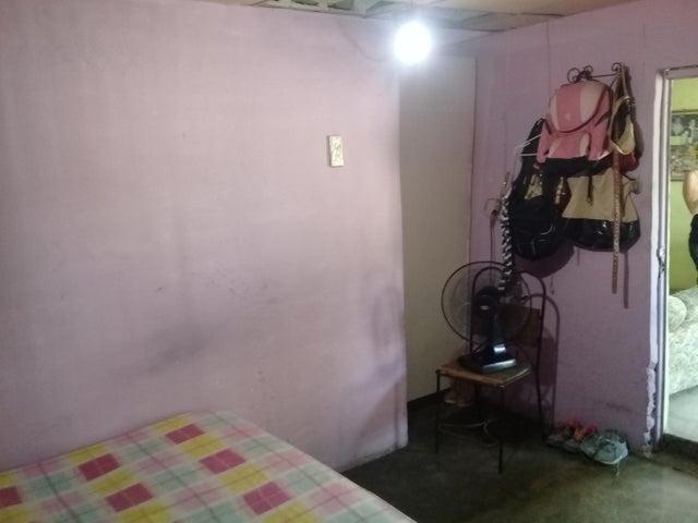 Casa Lara>Barquisimeto>Parroquia Catedral - Venta:8.000 Precio Referencial - codigo: 19-11618