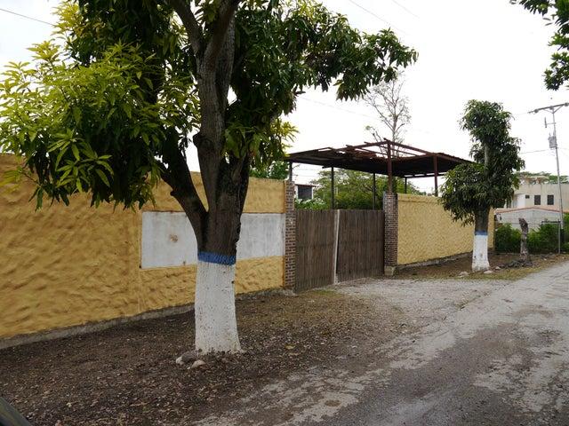 Terreno Lara>Cabudare>El Paraiso - Venta:350.000 Precio Referencial - codigo: 19-1893