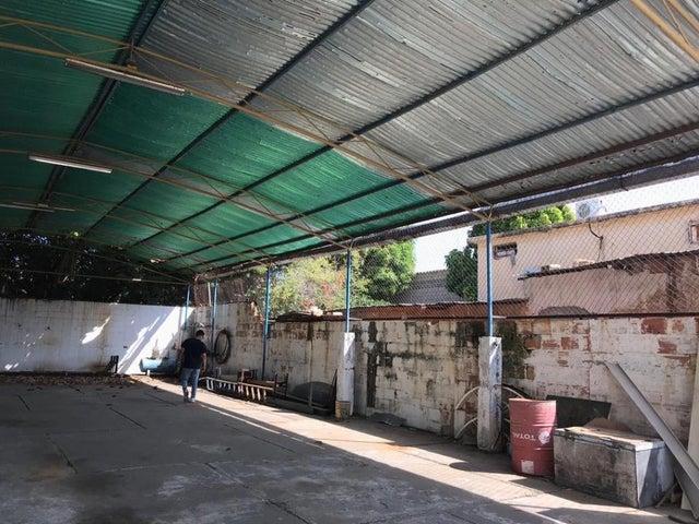 Galpon - Deposito Zulia>Maracaibo>Primero de Mayo - Alquiler:500 Precio Referencial - codigo: 19-11650