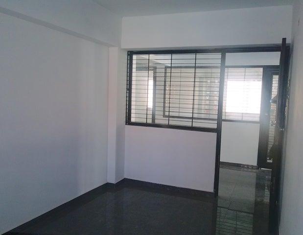 Local Comercial Carabobo>Valencia>Agua Blanca - Venta:15.000 Precio Referencial - codigo: 19-11676