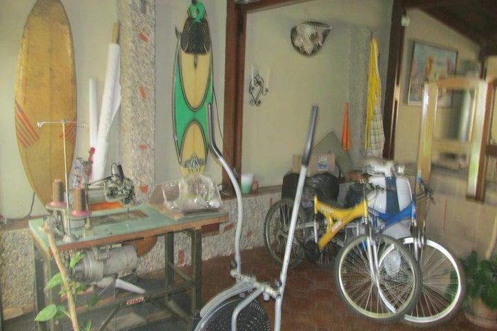 Casa Distrito Metropolitano>Caracas>El Hatillo - Venta:180.000 Precio Referencial - codigo: 19-11693