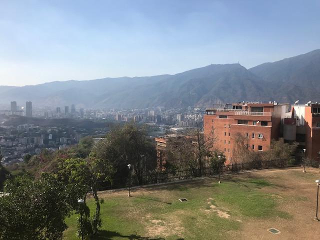 Apartamento Distrito Metropolitano>Caracas>Colinas de Bello Monte - Venta:75.000 Precio Referencial - codigo: 19-12122