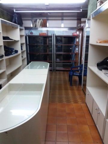 Local Comercial Distrito Metropolitano>Caracas>Parroquia Altagracia - Venta:120.000 Precio Referencial - codigo: 19-11712
