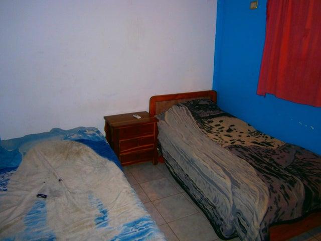 Casa Carabobo>Municipio San Diego>Los Jarales - Venta:28.500 Precio Referencial - codigo: 19-11755