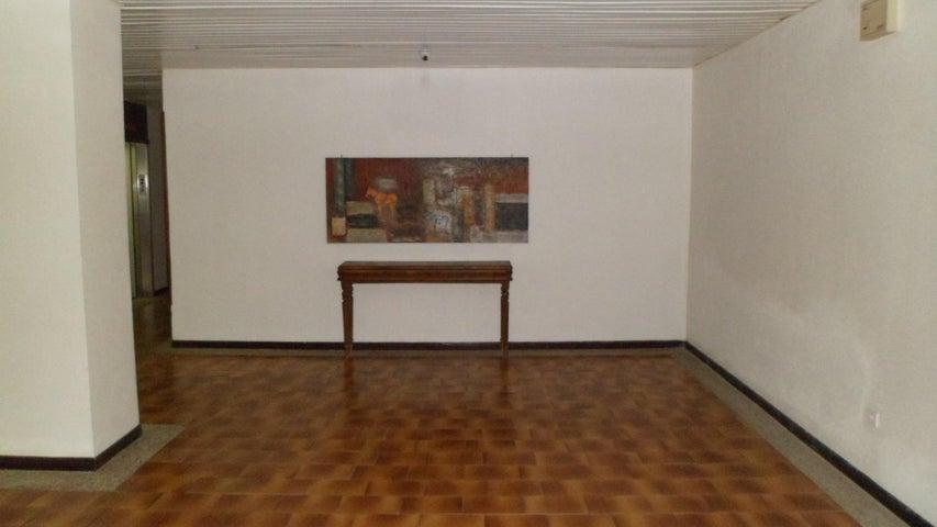 Apartamento Distrito Metropolitano>Caracas>Las Esmeraldas - Venta:180.000 Precio Referencial - codigo: 19-11786