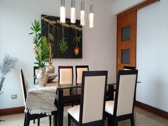 Apartamento Distrito Metropolitano>Caracas>Las Esmeraldas - Venta:245.000 Precio Referencial - codigo: 19-11801