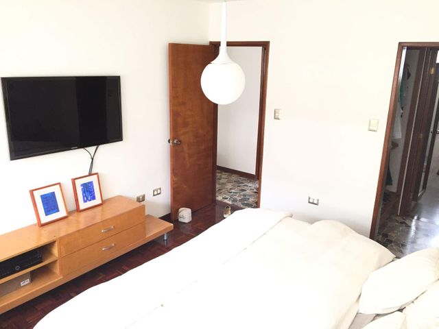 Apartamento Distrito Metropolitano>Caracas>Los Palos Grandes - Venta:260.000 Precio Referencial - codigo: 19-11810
