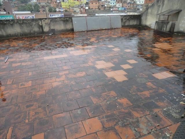 Edificio Distrito Metropolitano>Caracas>Petare - Venta:800.000 Precio Referencial - codigo: 19-11949