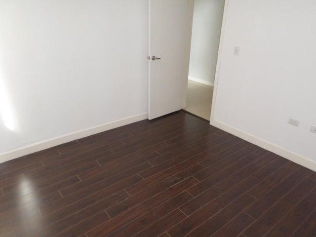 Apartamento Distrito Metropolitano>Caracas>La Union - Alquiler:400 Precio Referencial - codigo: 19-11888