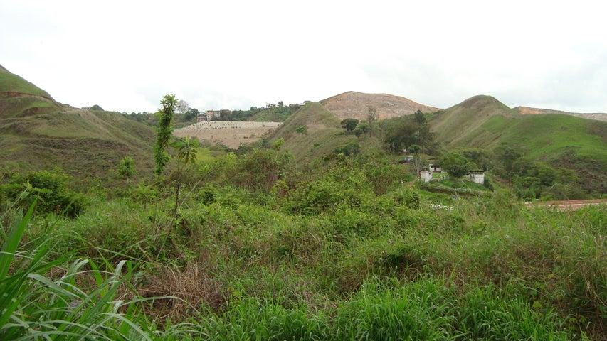 Terreno Miranda>Los Teques>Valle Alto - Venta:14.000 Precio Referencial - codigo: 19-12026