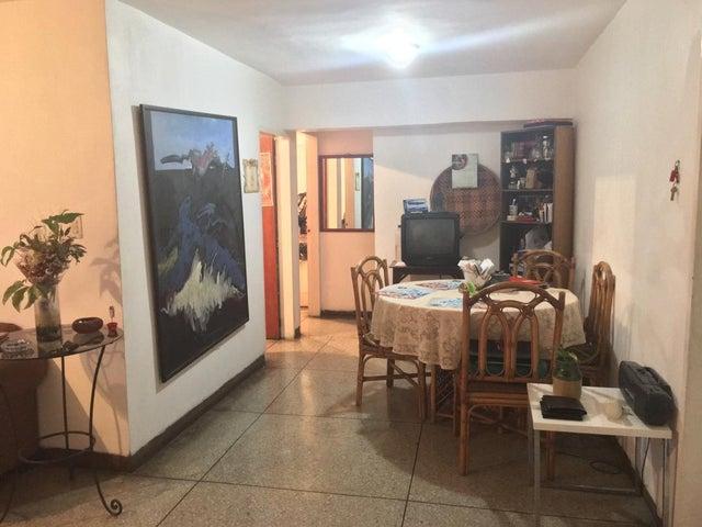 Apartamento Carabobo>Valencia>Santa Rosa - Venta:9.000 Precio Referencial - codigo: 19-11936
