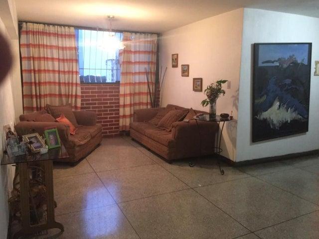 Apartamento Carabobo>Valencia>Santa Rosa - Venta:10.500 Precio Referencial - codigo: 19-11936