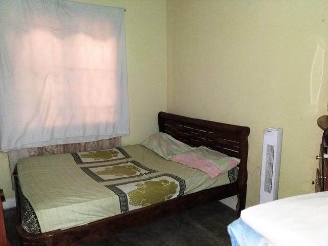 Casa Carabobo>Municipio Los Guayos>Paraparal - Venta:12.000 Precio Referencial - codigo: 19-11955