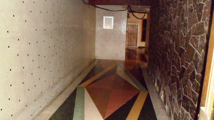 Apartamento Distrito Metropolitano>Caracas>Bello Campo - Venta:55.000 Precio Referencial - codigo: 19-12023