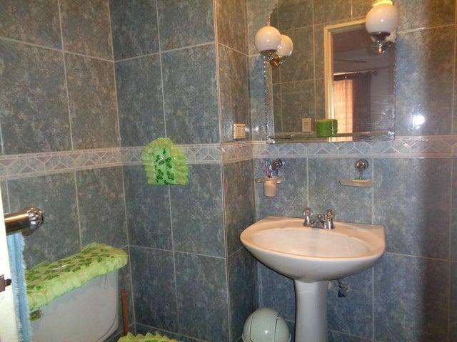 Apartamento Distrito Metropolitano>Caracas>Lomas del Avila - Venta:25.000 Precio Referencial - codigo: 19-12076