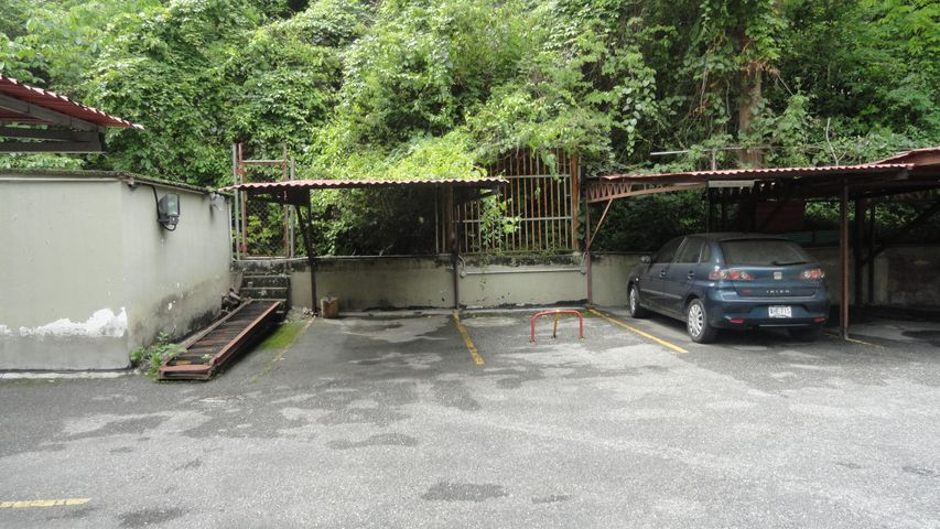 Apartamento Distrito Metropolitano>Caracas>Colinas de Santa Monica - Venta:46.000 Precio Referencial - codigo: 19-12020