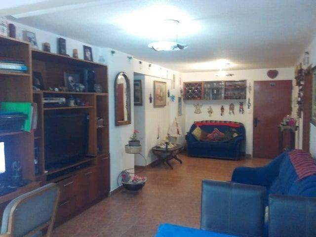 Apartamento Distrito Metropolitano>Caracas>Bello Campo - Venta:55.000 Precio Referencial - codigo: 19-12033