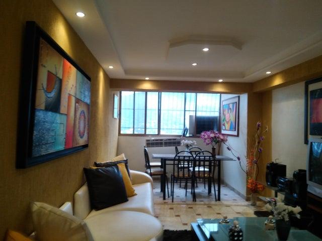 Apartamento Carabobo>Municipio Naguanagua>Casco Central - Venta:10.000 Precio Referencial - codigo: 19-12052