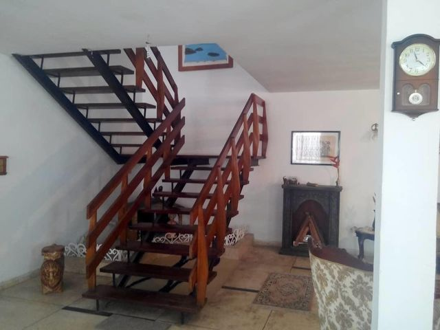Casa Distrito Metropolitano>Caracas>El Marques - Venta:98.000 Precio Referencial - codigo: 19-12043