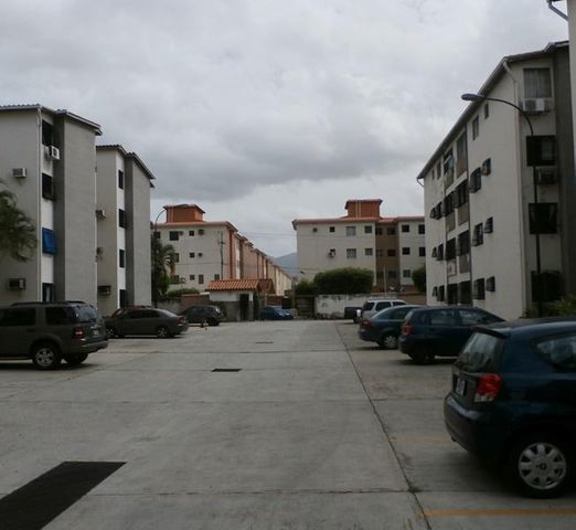 Apartamento Carabobo>Municipio Naguanagua>La Granja - Venta:16.000 Precio Referencial - codigo: 19-12070
