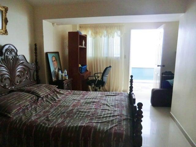 Casa Miranda>Charallave>Paso Real - Venta:390.000 Precio Referencial - codigo: 19-12077