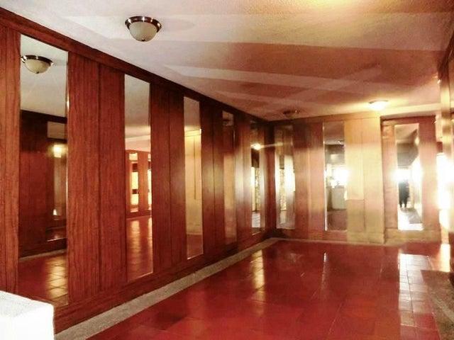 Apartamento Distrito Metropolitano>Caracas>La Tahona - Venta:140.000 Precio Referencial - codigo: 19-12078