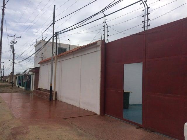 Galpon - Deposito Falcon>Punto Fijo>Punta Cardon - Venta:500 Precio Referencial - codigo: 19-12083