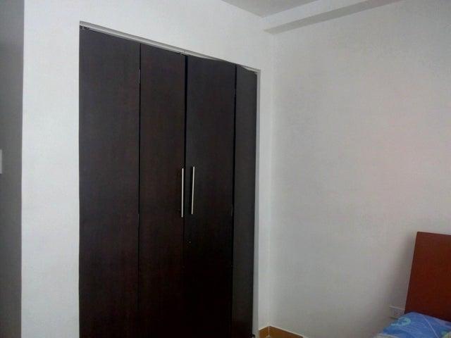 Apartamento Carabobo>Guacara>Ciudad Alianza - Venta:12.000 Precio Referencial - codigo: 19-12248