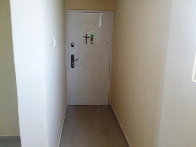 Apartamento Zulia>Maracaibo>La Trinidad - Venta:7.400 Precio Referencial - codigo: 19-12156