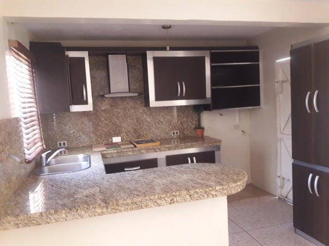 Casa Zulia>Municipio San Francisco>El Soler - Venta:6.500 Precio Referencial - codigo: 19-12308