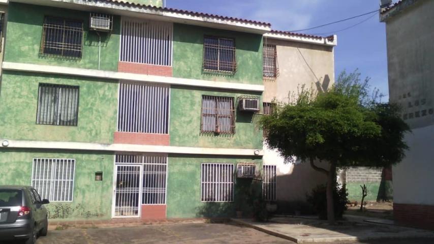 Apartamento Zulia>Maracaibo>Las Lomas - Alquiler:80 Precio Referencial - codigo: 19-12599