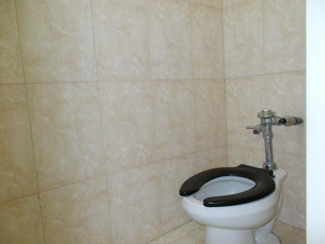 Oficina Distrito Metropolitano>Caracas>Chuao - Venta:130.000 Precio Referencial - codigo: 19-13070