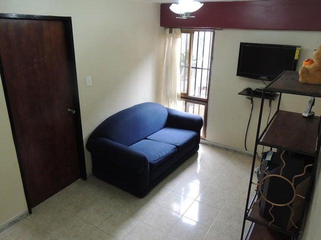 Apartamento Distrito Metropolitano>Caracas>Vista Alegre - Venta:30.000 Precio Referencial - codigo: 19-12446
