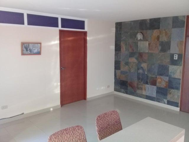 Apartamento Zulia>Maracaibo>Fuerzas Armadas - Alquiler:200 Precio Referencial - codigo: 19-12522