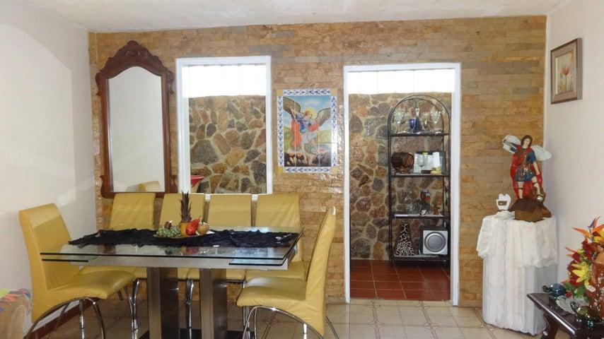 Apartamento Distrito Metropolitano>Caracas>Caricuao - Venta:20.000 Precio Referencial - codigo: 19-12775