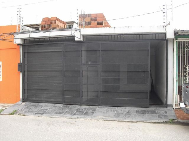 Casa Lara>Barquisimeto>Parroquia Juan de Villegas - Venta:18.000 Precio Referencial - codigo: 19-12601