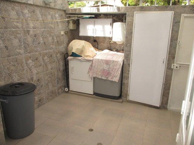 Casa Distrito Metropolitano>Caracas>Caurimare - Venta:300.000 Precio Referencial - codigo: 19-12981