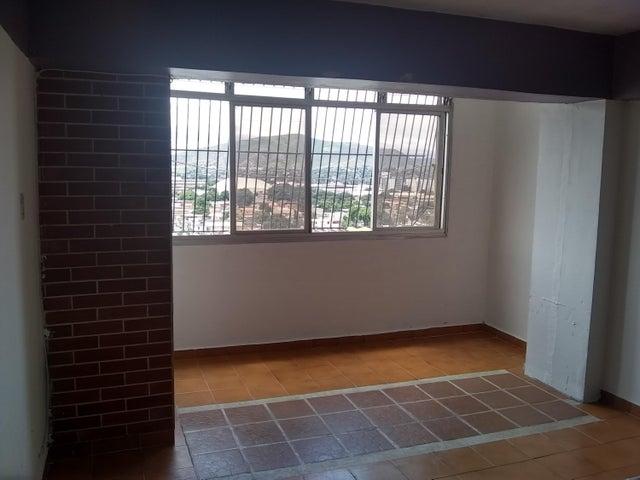 Apartamento Lara>Barquisimeto>Centro - Venta:12.500 Precio Referencial - codigo: 19-10261