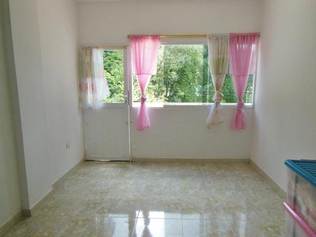 Casa Miranda>San Antonio de los Altos>Los Salias - Venta:60.000 Precio Referencial - codigo: 19-14809