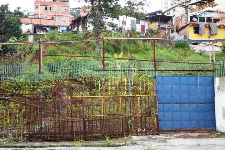 Terreno Miranda>Los Teques>La Matica - Venta:520.000 Precio Referencial - codigo: 19-12724