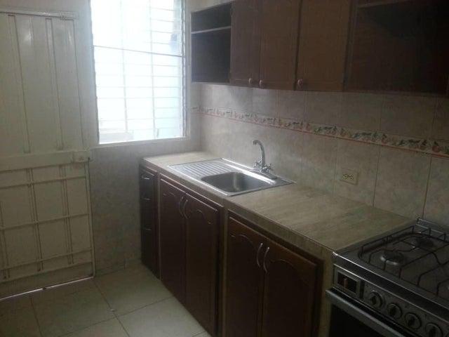 Casa Zulia>Maracaibo>Via La Concepcion - Alquiler:80 Precio Referencial - codigo: 19-12727