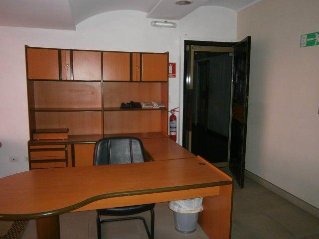 Oficina Carabobo>Valencia>Centro - Venta:20.000 Precio Referencial - codigo: 19-12790