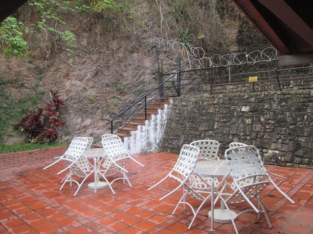 Casa Distrito Metropolitano>Caracas>Cumbres de Curumo - Venta:450.000 Precio Referencial - codigo: 19-12847