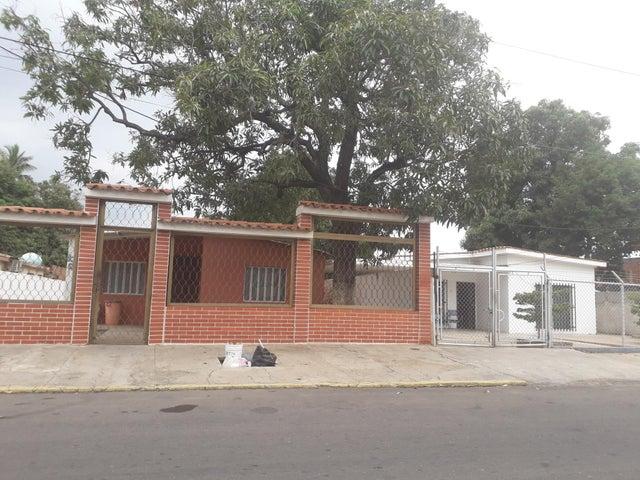 Casa Zulia>Maracaibo>La Limpia - Alquiler:80 Precio Referencial - codigo: 19-12967