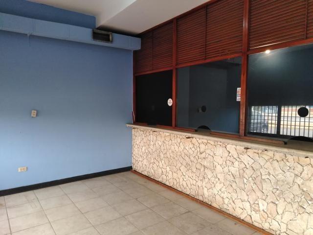 Local Comercial Zulia>Maracaibo>Maranorte - Venta:28.000 Precio Referencial - codigo: 19-12870