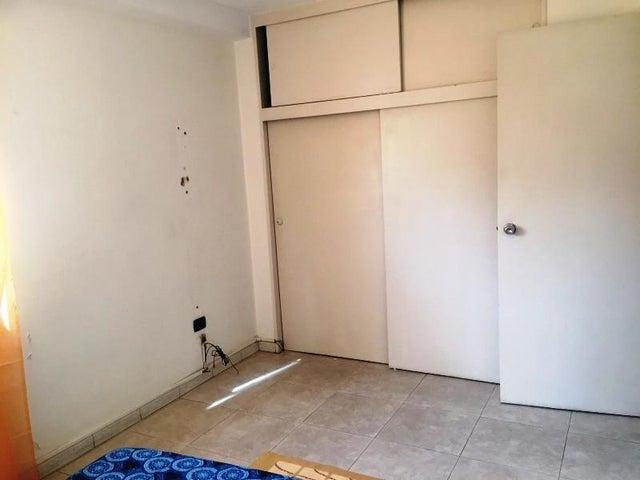 Apartamento Distrito Metropolitano>Caracas>La Campiña - Venta:60.000 Precio Referencial - codigo: 19-12900