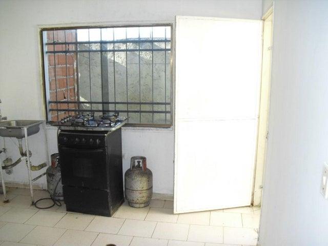 Townhouse Miranda>Cua>Quebrada de Cua - Venta:8.000 Precio Referencial - codigo: 19-12916